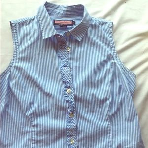 Vineyard Vines sleeveless button up blue stripe 6